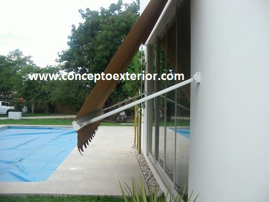 Toldo Enrollable de Brazo Lateral